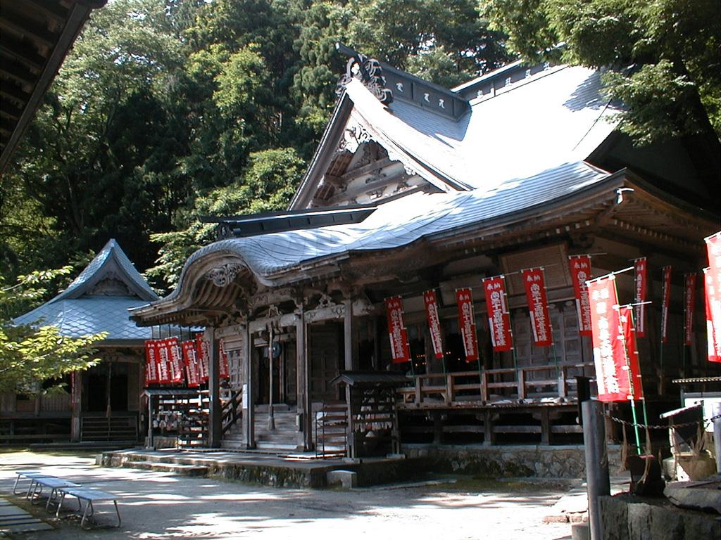 円覚寺本堂と金比羅堂